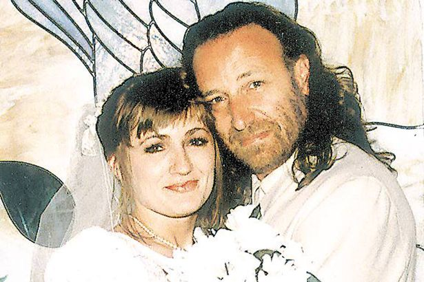 caroline-aherne-and-peter-hook